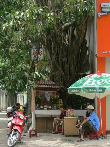 A spirit house for tree spirits, opposite Nikko Hotel, 84 Trần Nhân Tông, Quan Hai Ba Trung, Hanoi (Ha Noi), Ha Tay, Vietnam