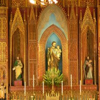 Stunning gilded alter in St Josephs Cathedral, 40 – Nhà Chung – Hoàn Kiếm,Hanoi.