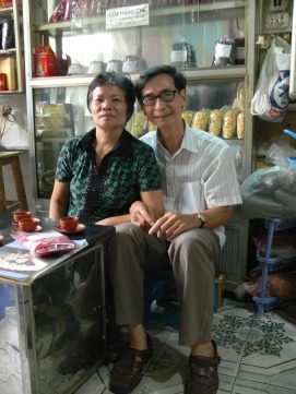 Husband and wife team run Hai Linh brand of tea shop. Make their own Lotus flower sweets, Lotus Tea (Hoa Sen) and other flower teas - used to be on 8 Hang Dieu, Hanoi in 2010.