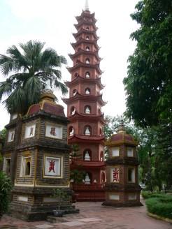 Chùa Trấn Quốc - one of the oldest in Vietnam - on Thanh Niên Road, Trúc Bạch, Hanoi.