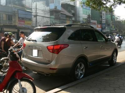 2010 photo - Hyundai Verrcruz, Hanoi, Vietnam