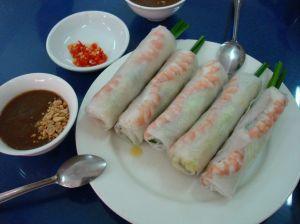 Gỏi cuốn / Gio Cuon or summer rolls or fresh spring rolls.