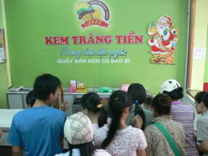 Since 1958 – over 50 years, Trang Tien Icream is an an institution.