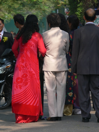An elegantly dressed Vietnamese people in their Wedding clothes.