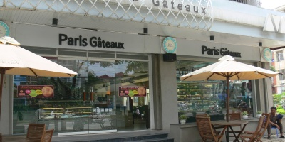 Paris Gâteaux - a few dotted around Hanoi